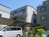 鉄骨造3階建て外観タイル張りのマンション!