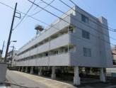 1階は、駐車場・駐輪場になっています。